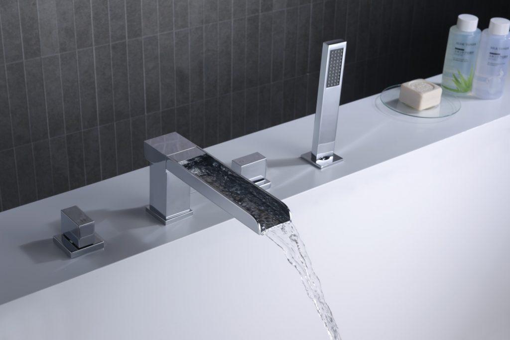 bathtub sprayer